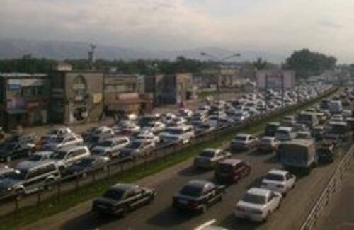 В Алматы построят 10-полосную автодорогу