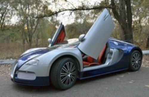В Казахстане продают детский спорткар Bugatti