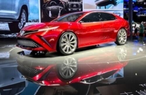 Toyota показала прототип новой Camry