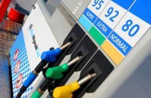 80-й бензин скоро подорожает в Казахстане