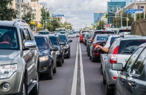 В Казахстане перестали регистрировать транспорт, не соответствующий евро-5