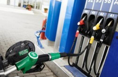 Казахстан откажется от российского бензина
