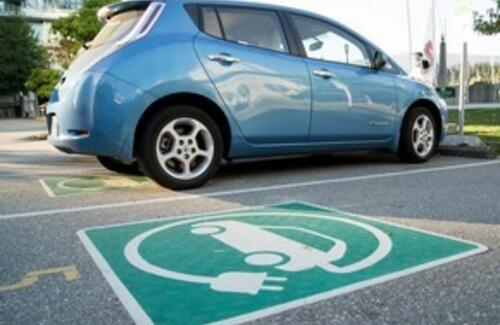 """Парковки """"только для электромобилей"""" могут появиться в Астане"""