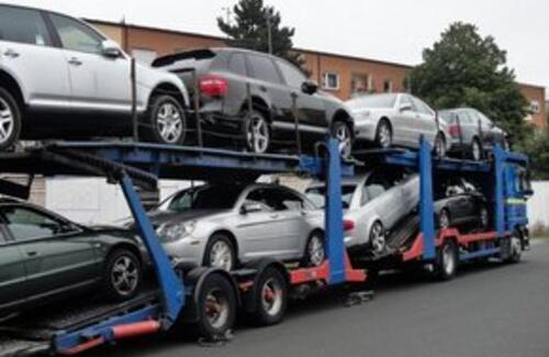 В Казахстане снижены таможенные пошлины на ввоз автомобилей