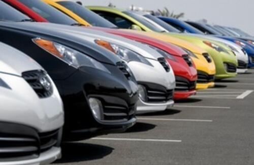 В казахстанских техпаспортах будут прописывают только основные цвета машин