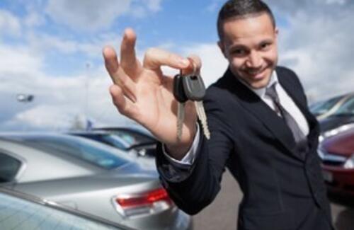 Госкомпаниям запретят закупать иностранные автомобили