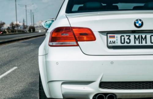 Казахстанцев обяжут регистрировать авто с иностранными номерами