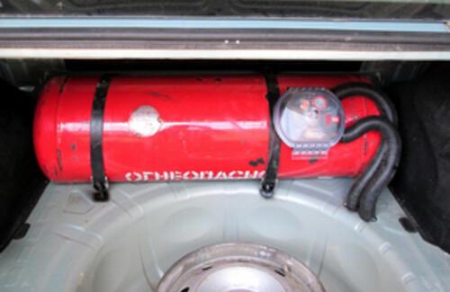 Каждый десятый автомобиль в стране ездит на газе