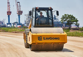 LiuGong CLG6114Е