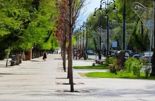 Временные пешеходные улицы сделают в Алматы