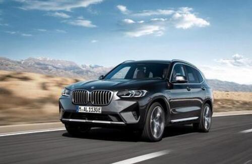 BMW представила новые кроссоверы X3 и X4